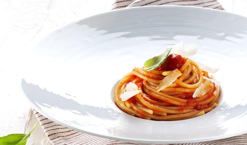 spaghetti al pomodoro_pasta futuro_giovani