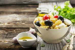 Pasta fredda: le ricette light da portare in spiaggia
